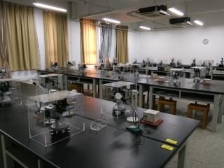 光学实验室